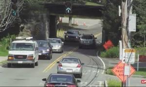 Φορτηγό εναντίον γέφυρας: Δείτε τις ανατριχιαστικές εικόνες