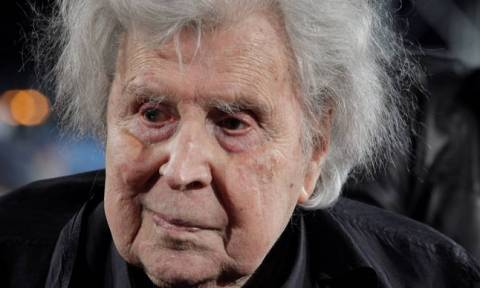 Composer Mikis Theodorakis leaves hospital