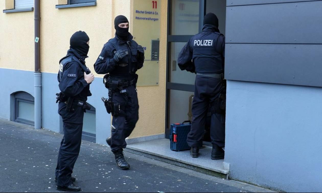 Γερμανία: Ζευγάρι έδωσε το γιο του σε παιδόφιλους μέσω του «σκοτεινού διαδικτύου»