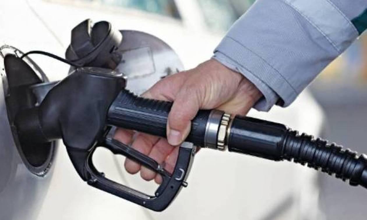 Σήμερα οι τελικές αποφάσεις για την επιβολή πλαφόν στην τιμή της βενζίνης