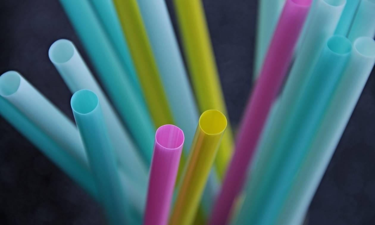 Αυτή είναι η πρώτη ακτοπλοϊκή εταιρεία στην Ελλάδα που καταργεί τα πλαστικά καλαμάκια