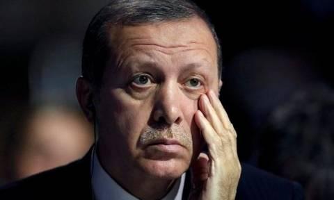 Νέο χαστούκι σε Ερντογάν: Άπραγοι οι διπλωμάτες που έστειλε στις ΗΠΑ – Δεν κάνει βήμα πίσω ο Τραμπ