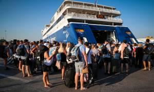 Δεκαπενταύγουστος 2018: Όπου φύγει - φύγει οι Αθηναίοι - Αυξημένη η κίνηση στα λιμάνια