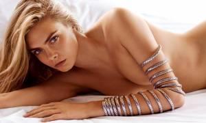 To πανέμορφο μοντέλο Κάρα Ντελεβίν έγινε 26 ετών