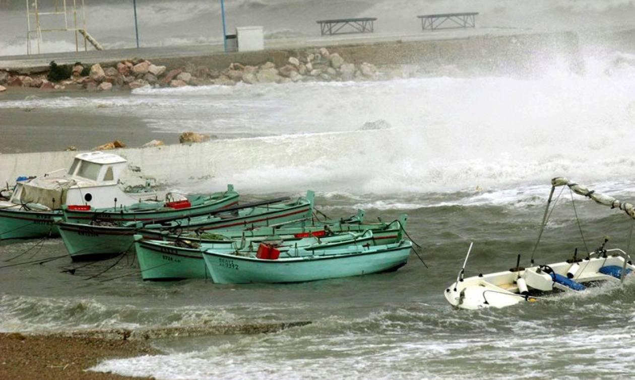 Καιρός – Νέο έκτακτο δελτίο ΕΜΥ: Προσοχή στους θυελλώδεις ανέμους - Αυτές τις περιοχές θα σαρώσουν