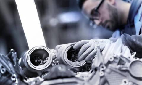 Αυτοκίνητο: Δείτε τη συναρμολόγηση του V8 των 530 ίππων της νέας BMW Σειράς 8