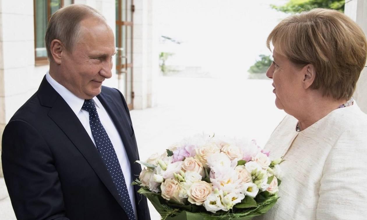 Συνάντηση Άνγκελα Μέρκελ - Βλαντίμιρ Πούτιν στον πύργο του Μέζεμπεργκ