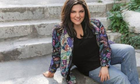 Δανάη Μπάρκα: Η ολόσωμη φωτό της με μαγιό!