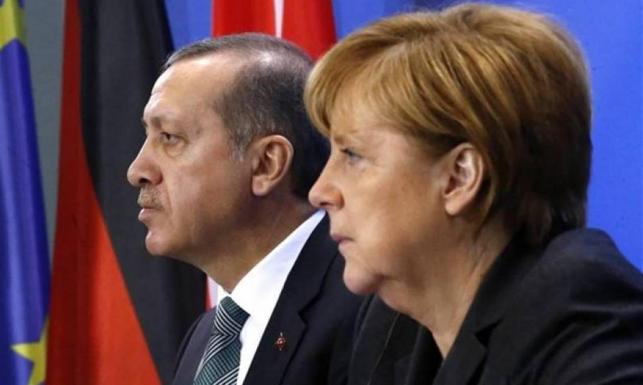 Μέρκελ: Η Γερμανία θέλει να δει οικονομική ευημερία στην Τουρκία