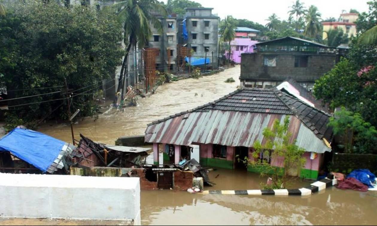 Ινδία: Τουλάχιστον 67 νεκροί από τις πλημμύρες στην Κεράλα (pics&vid)