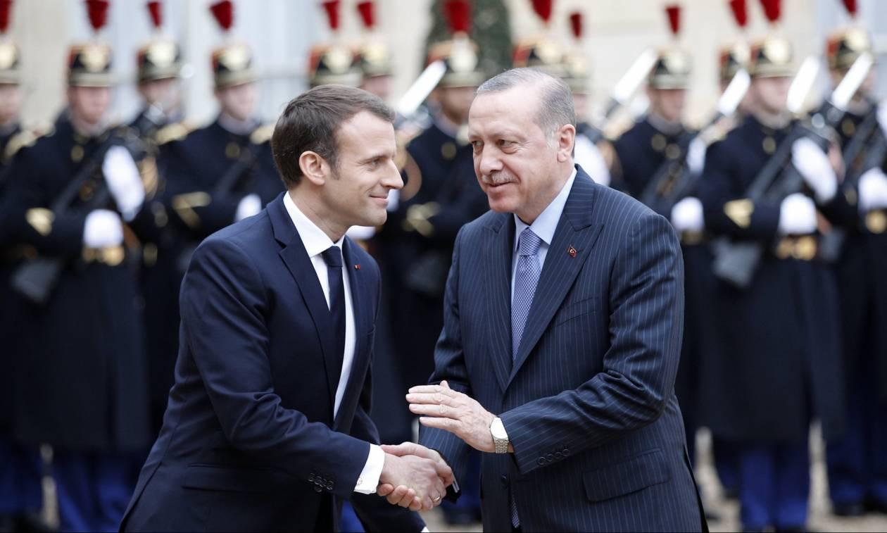 Θυμήθηκε ξαφνικά την Ευρώπη ο Ερντογάν: Τηλεφώνησε στον Μακρόν για να ζητήσει οικονομική βοήθεια