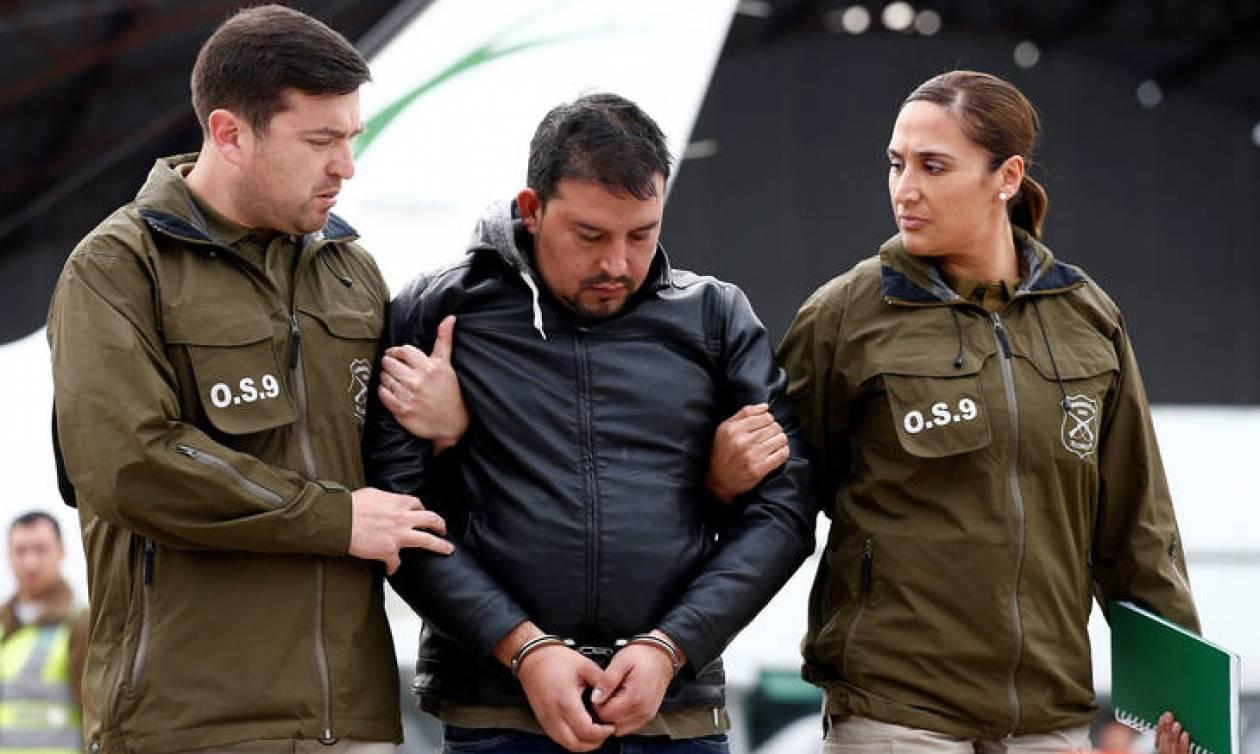 Σύλληψη δύο υπόπτων για απειλές για βόμβες σε αεροσκάφη