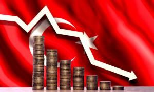 Διπλό «χαστούκι» από Moody's και S&P στην Τουρκία: Στα «σκουπίδια» η πιστοληπτική της ικανότητα