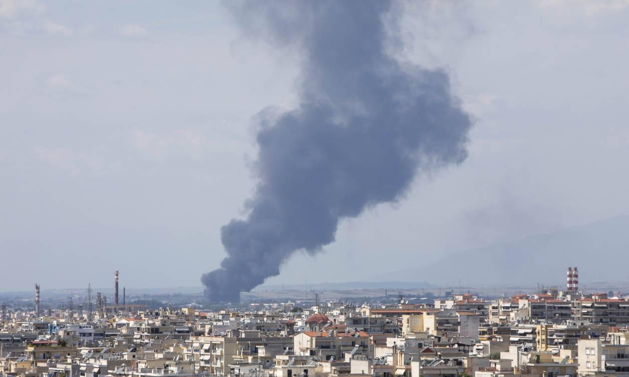 Θεσσαλονίκη: Φωτιά στη βιομηχανική περιοχή της Σίνδου - Συνελήφθη 36χρονος με 5 αναπτήρες