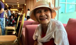 «Αγκαλιάζω τον γιο μου 68 χρόνια μετά»: Οικογένειες που χώρισε ο πόλεμος και πάλι μαζί