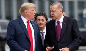 Ο Τραμπ ταπεινώνει τον Ερντογάν: Χρεοκοπία, προσφυγή στο ΔΝΤ και έλεγχος εξοπλιστικών