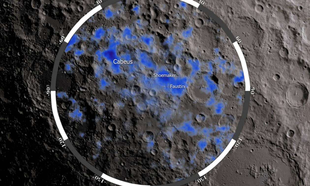 H NASA βρήκε νερό στη σκοτεινή πλευρά του φεγγαριού
