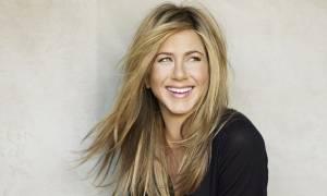 Αυτή είναι η άσκηση που κάνει η Jennifer Aniston και παραμένει fit στα 49 της