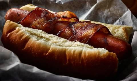 Εδώ είσαι: Το καλύτερο χοτ ντογκ που έχεις φάει στη ζωή σου! (vid)