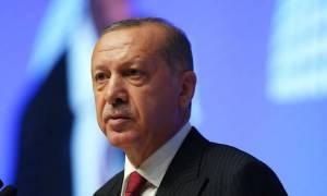 Γιατί η Ευρωπαϊκή Ένωση δε διαλέγει «στρατόπεδο» στην κόντρα Ερντογάν - Τραμπ
