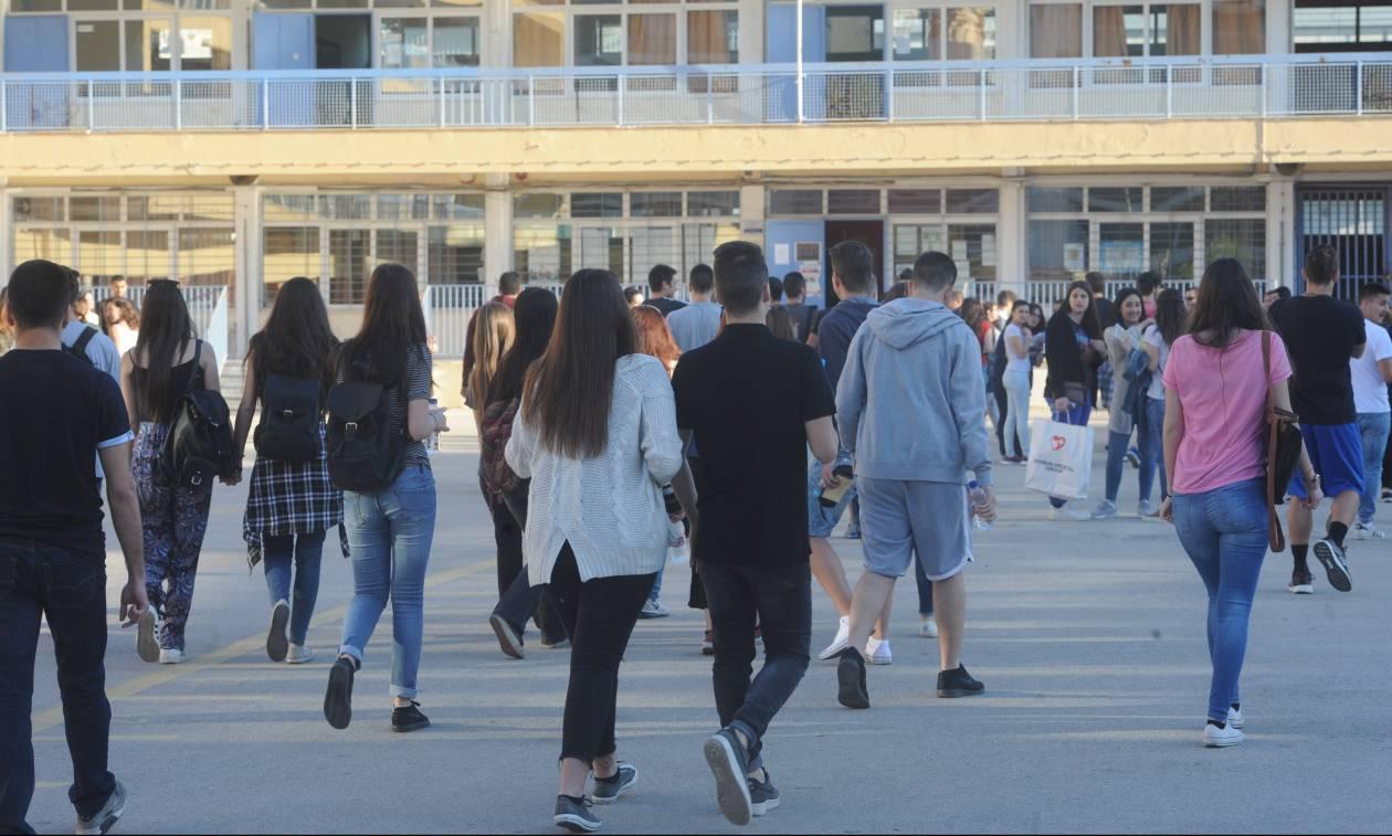 Βάσεις 2018: Τέλος στην αγωνία – Αυτές είναι οι δημοφιλείς σχολές που καταποντίζονται