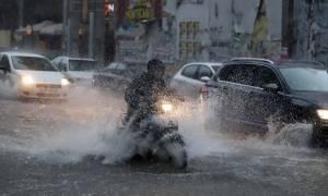 Καιρός - Έκτακτο δελτίο ΕΜΥ: Κακοκαιρία «χτυπά» τη χώρα – Βροχές, χαλάζι και ισχυροί άνεμοι