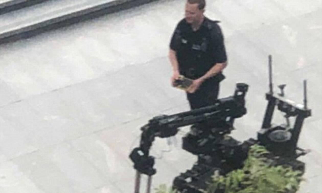 Συναγερμός για βόμβα στο κέντρο του Λονδίνου - Τεράστια επιχείρηση εκκένωσης