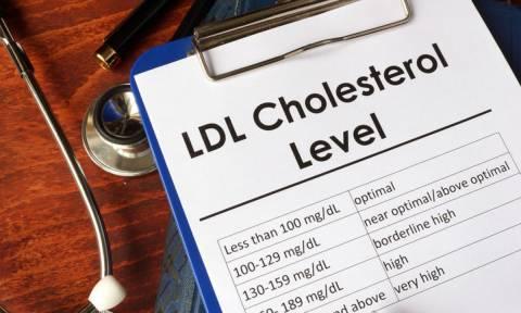 «Κακή» χοληστερίνη: 3 διατροφικές αλλαγές για να τη μειώσετε, σύμφωνα με επιστήμονες του Χάρβαρντ
