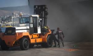 Πυκνός καπνός «πνίγει» το «Ελ. Βενιζέλος» - Πλημμύρισαν οχήματα στο γκαράζ