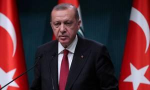Ισχυρή και σταθερή η τουρκική οικονομία, επιμένει ο Ερντογάν