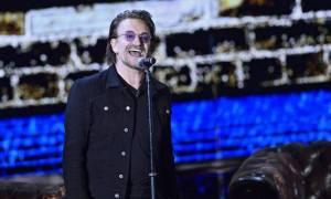 Θρίλερ με τον Μπόνο των U2: Έχασε τη φωνή του κατά τη διάρκεια συναυλίας