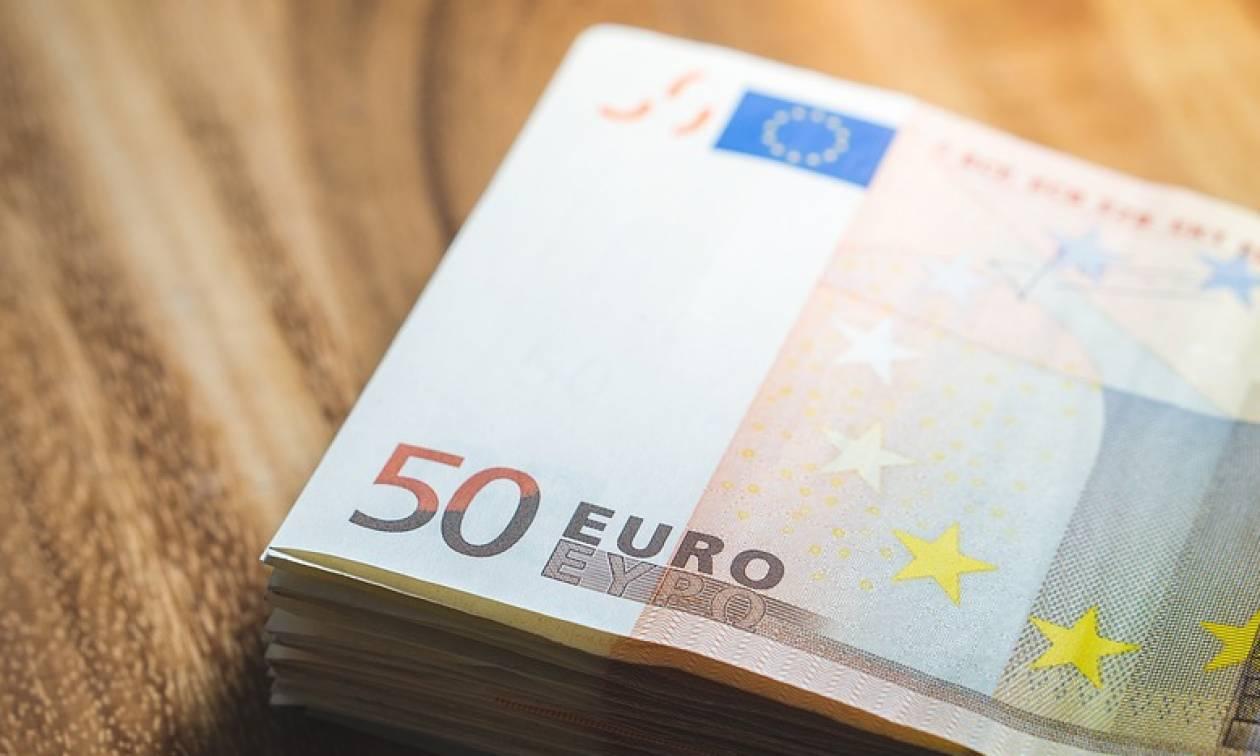 Ελεύθεροι επαγγελματίες: Eξετάζεται η μείωση των εισφορών
