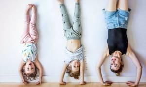 Φωτογραφίζει τα παιδιά της στις πιο διασκεδαστικές πόζες που έχετε δει (pics)