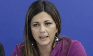 Η ΝΔ καταγγέλλει την κυβέρνηση για απόπειρα εκβιασμού: «Πήγαν να συλλάβουν τη Ζαχαράκη»
