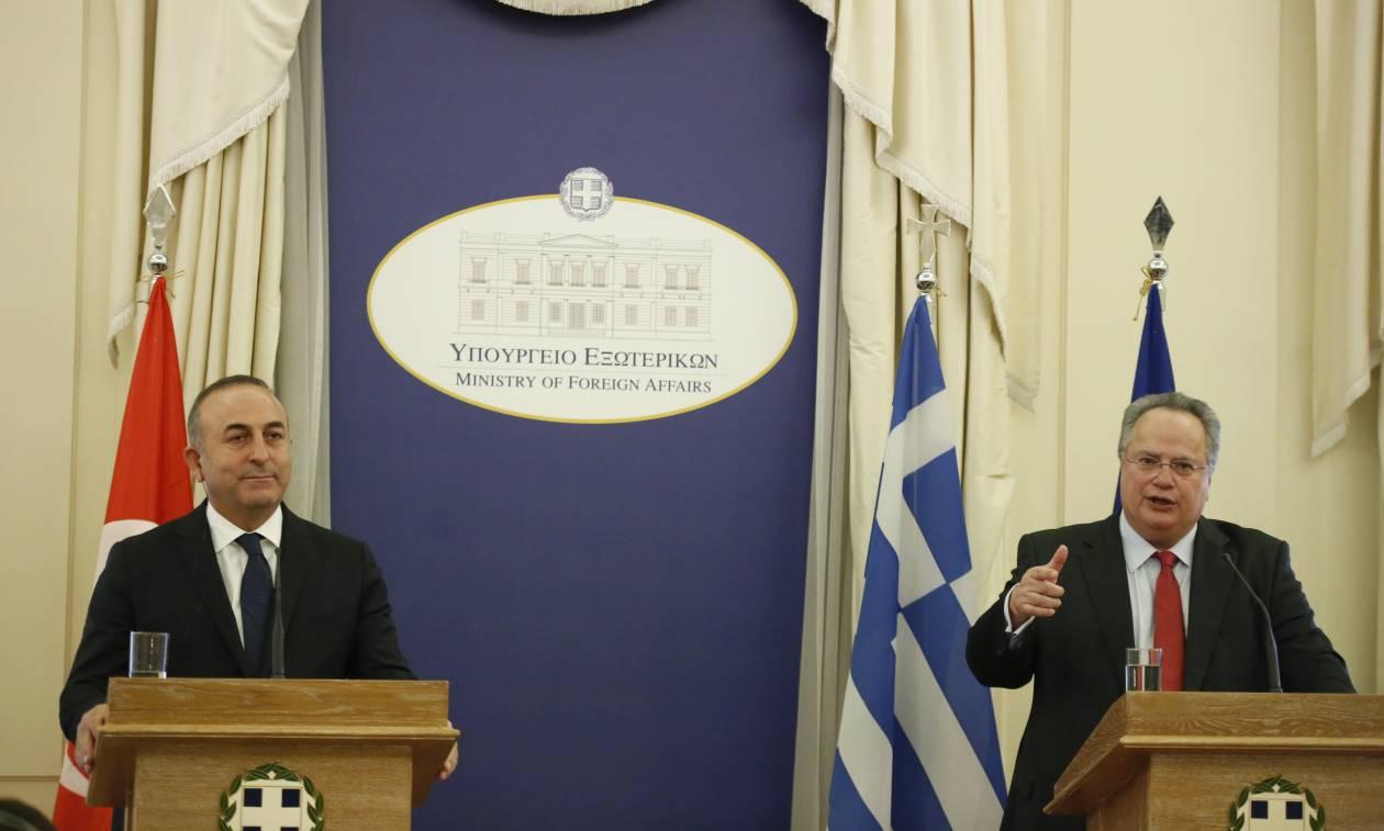 Κρίσιμο τετ-α-τετ Κοτζιά - Τσαβούσογλου στη Σμύρνη: Σε «τεντωμένο σχοινί» οι ελληνοτουρκικές σχέσεις