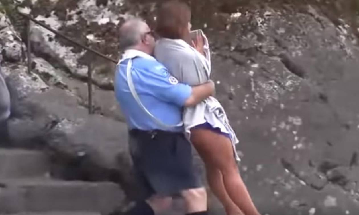 Ντροπή: Πόζαρε γυμνή έξω από το ναό της Παναγίας στη Γαλλία