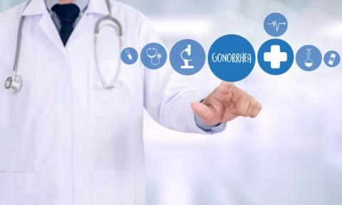 Γονόρροια: Τα 4 κυριότερα συμπτώματα που εκδηλώνουν οι άντρες