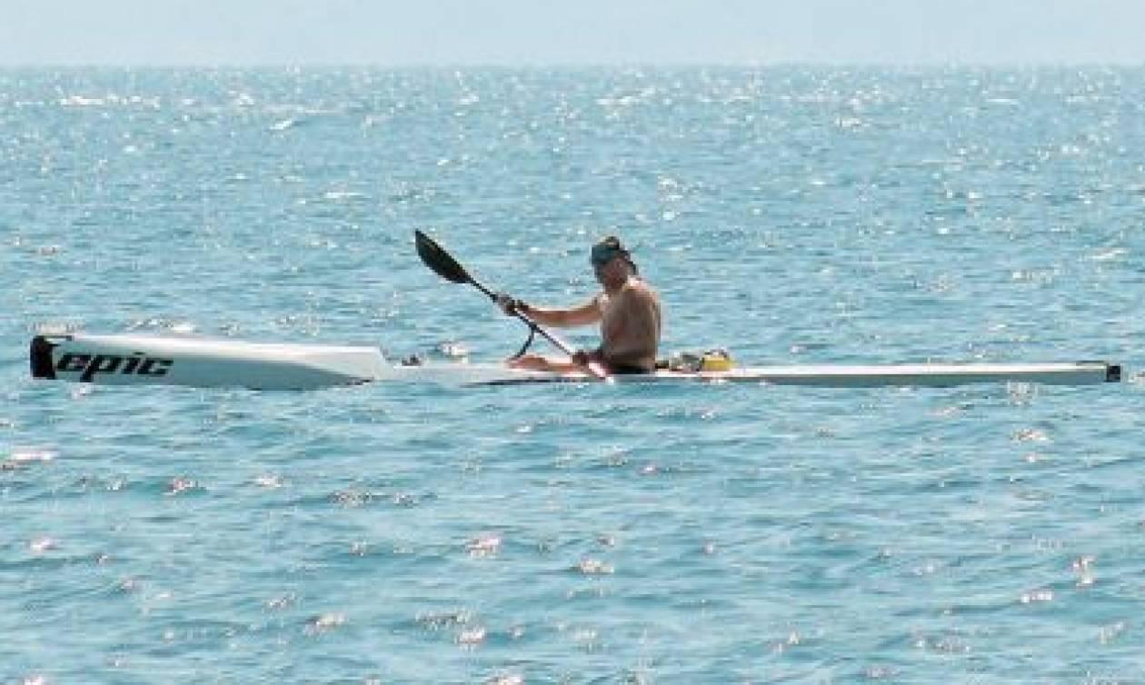 Ατύχημα με το κανό για τον Γιώργο Παπανδρέου - Έπεσε σε βράχια