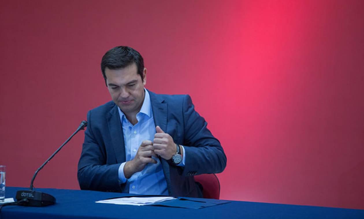«Πυρετός» διαβουλεύσεων στο Μαξίμου ενόψει ΔΕΘ: Στα σχέδια του Αλέξη Τσίπρα η μείωση του ΦΠΑ