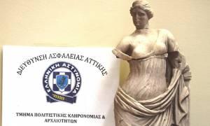 Αρχαιοκάπηλοι έκλεψαν τη θεά Αφροδίτη από το Μουσείο της Σαντορίνης (pics)
