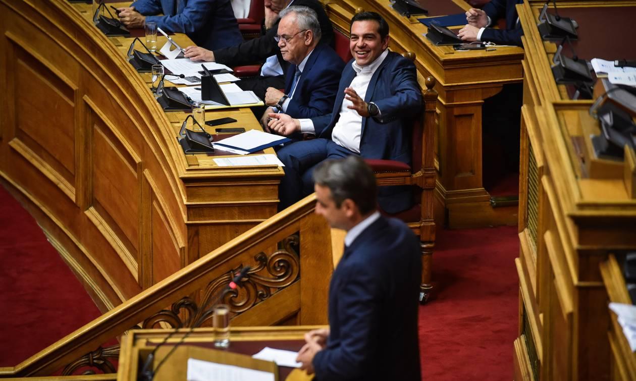 Θύελλα αντιδράσεων στην κυβέρνηση μετά τις δηλώσεις Μητσοτάκη για το Ασφαλιστικό