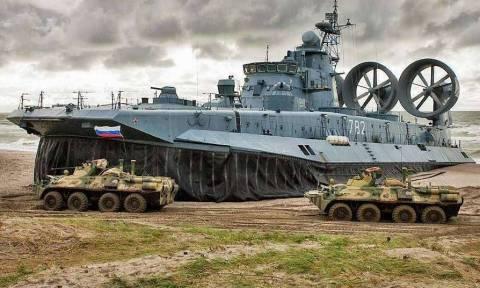 """В учениях """"Восток-2018"""" примут участие 297 тыс. военных и 36 тыс. танков"""