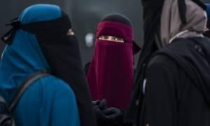 Τουρκάλα πλήρωσε πρόστιμο 134 ευρώ γιατί μπήκε με μπούρκα σε αστυνομικό τμήμα της Δανίας