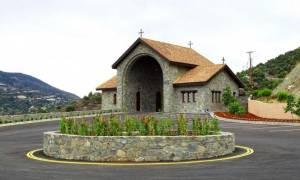 Ιερά Μονή Παναγίας Αμιρούς: Το θαύμα της Παναγίας και η ανέγερση του μοναστηριού