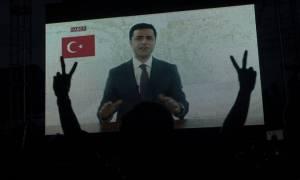 Ο νόμος του Ερντογάν: Τέσσερα χρόνια φυλάκιση στον Ντεμιρτάς