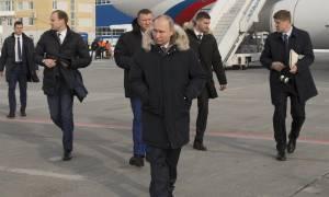 Σωματοφύλακας του Πούτιν ξυλοκόπησε άγρια τη σύντροφό του και την πέταξε από το μπαλκόνι