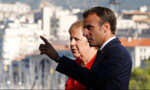 Μακρόν και Μέρκελ εδραιώνουν τον «προοδευτικό άξονα» της ΕΕ