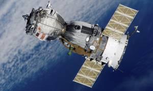 «Τρόμος» στο διάστημα: Στη δημοσιότητα βίντεο από τη ρωγμή στο διαστημόπλοιο Soyuz