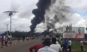 Νιγηρία: Σφοδρή έκρηξη βυτιοφόρου με 35 νεκρούς και 100 τραυματίες