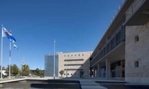 Θεσσαλονίκη: Κατέβασαν την σημαία της ΕΕ και ανέβασαν της Βεργίνας